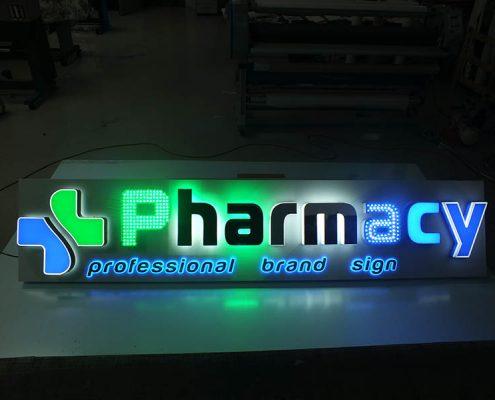 insegna led farmacia